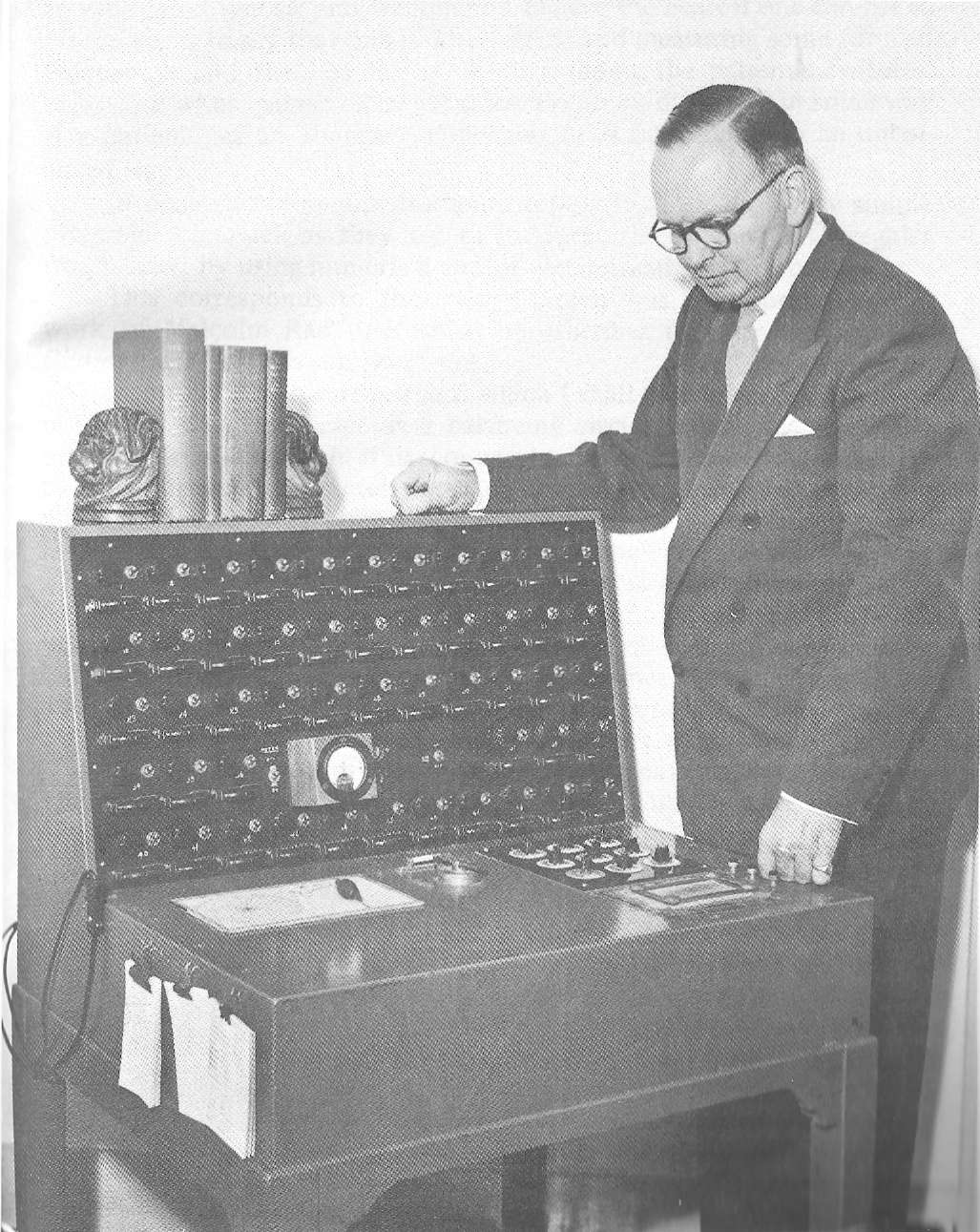 Wilson Radionic Instrument - '51' Diagnostic & Treatment